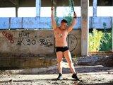 DarrenBondd shows cam show