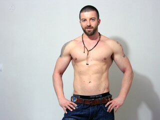 TheBeardedHunk camshow lj pictures