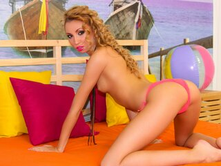 BritneyFierce show anal cam